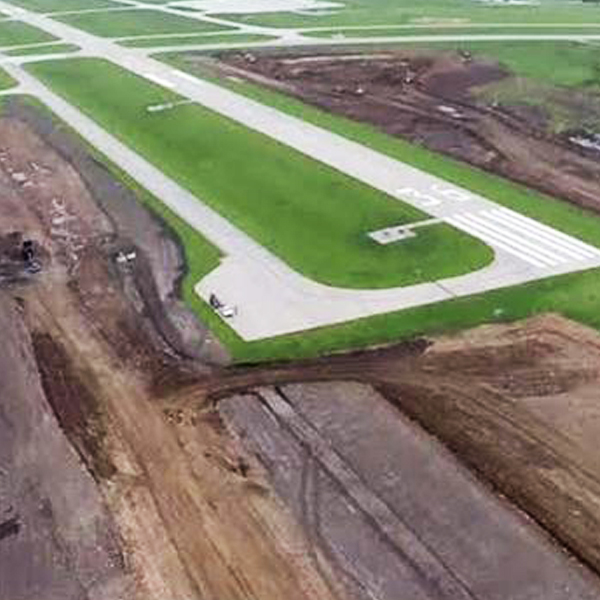 Lee's Summit Airport Runway Expansion – Construction Inspection
